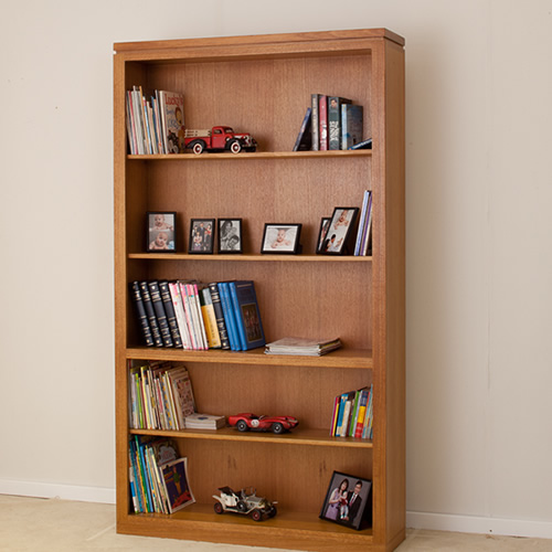 LOCAL MADE TASSIE OAK BOOKCASE WTO 7x4 | Wood World Furniture