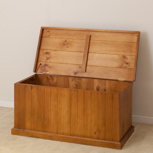 CL SOLID WOOD BLANKET BOX   Wood World Furniture