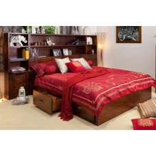 LIBRARY LUXURIOUS KING BED