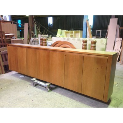 [CUSTOM MADE EXAMPLE] LOCAL MADE TASSIE OAK CABINET WITH 7 SOLID TIMBER DOORS