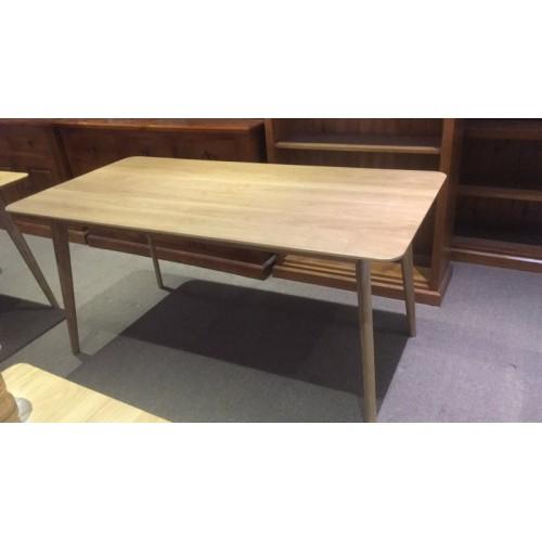 ARVID 1600W AMERICAN OAK 1600 x 800 DINING TABLE