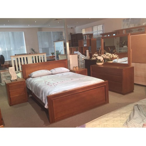 AUSTRALIA MADE MOSMAN TASSIE OAK QUEEN BEDROOM SUITE